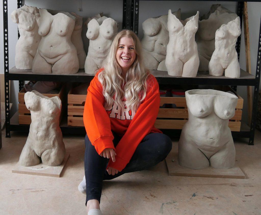ilana de boer kunstenaar assen vrouwenbeelden vrouwentorso